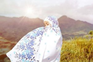 foto pendaki cantik berhijab yang hits di instagram, foto pendaki cantik, foto pendaki berhijab