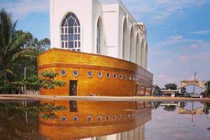 masjid kapal