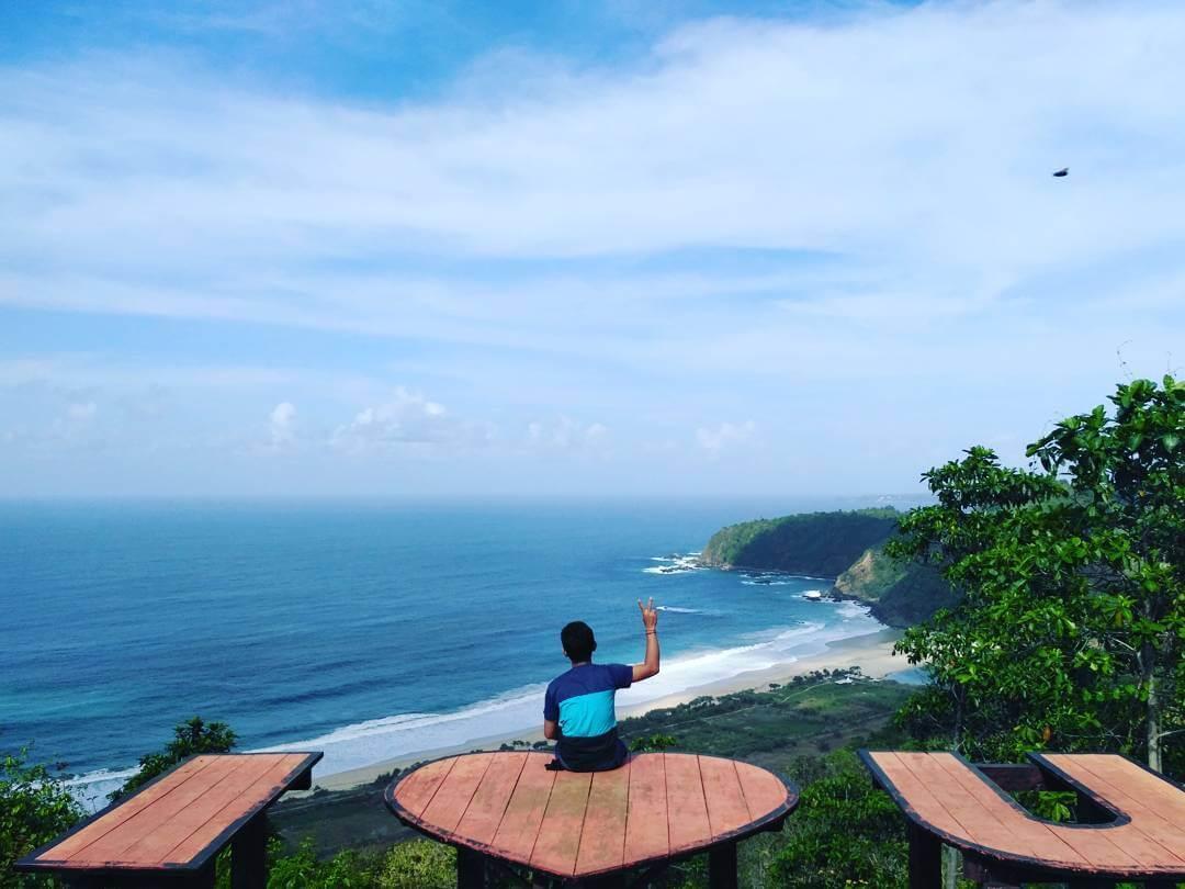 Tempat Paling Keren Nikmati Pemandangan Alam Di Malang Traveling Yuk
