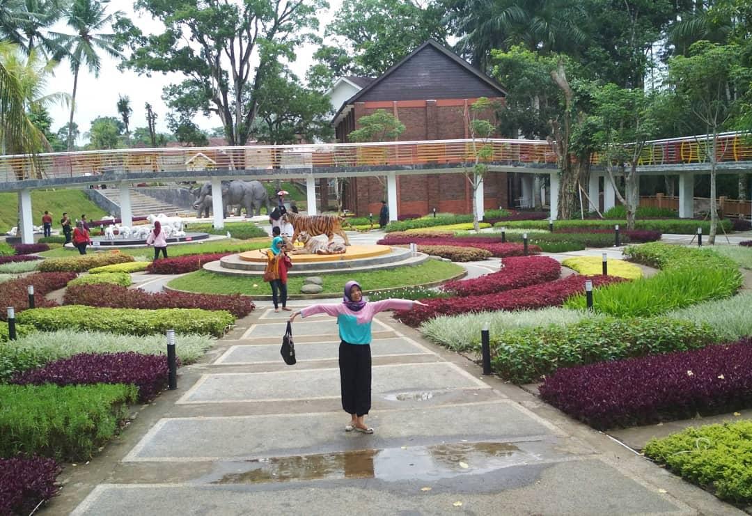 Spot Foto Lokasi Dan Harga Tiket Masuk Karang Resik Tasikmalaya