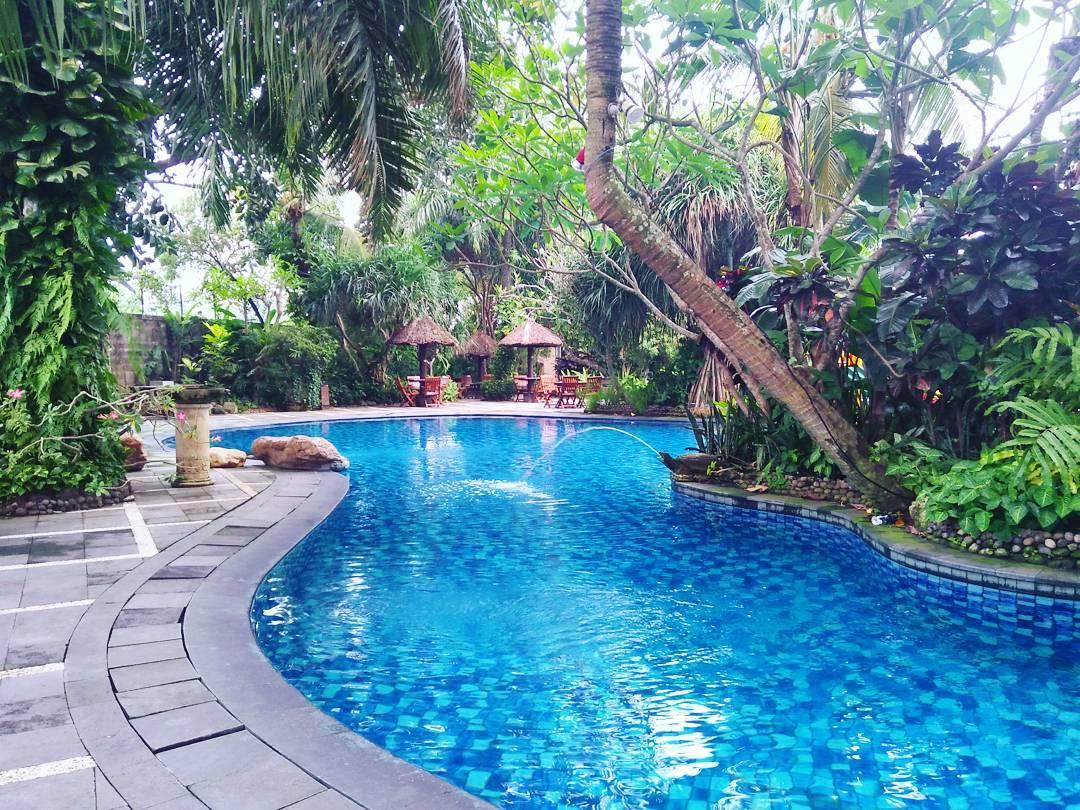 kolam renang gardenia semarang