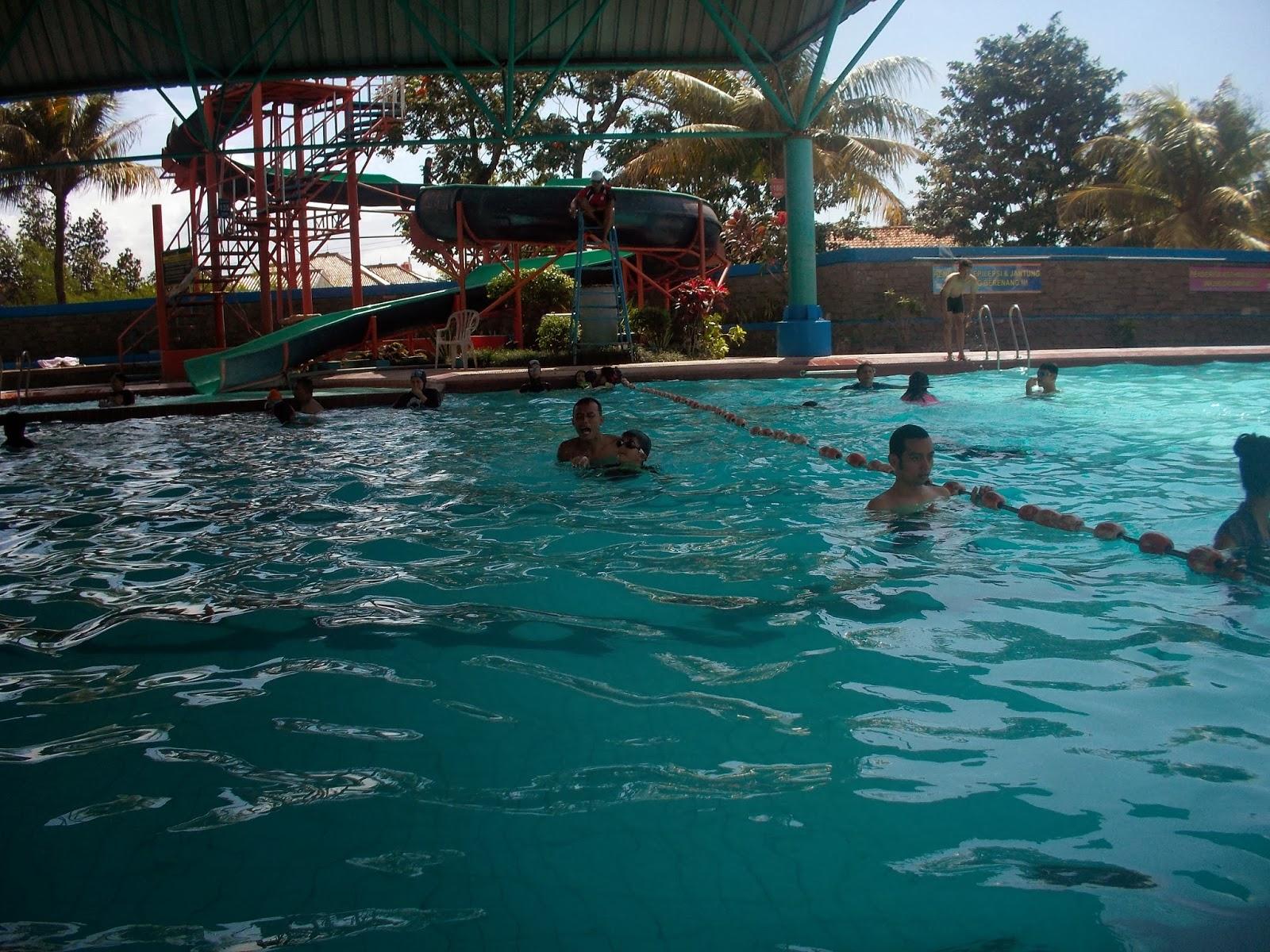 kolam renang air hangat bikasoga