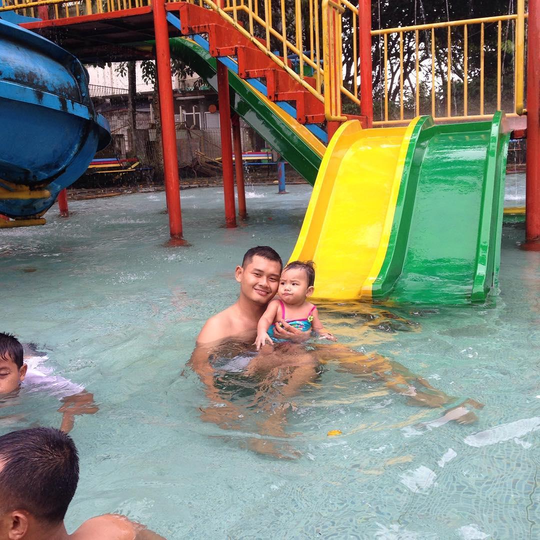 kolam renang di telaga arwana cibubur