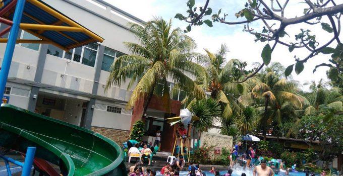 kolam renang villa meruya