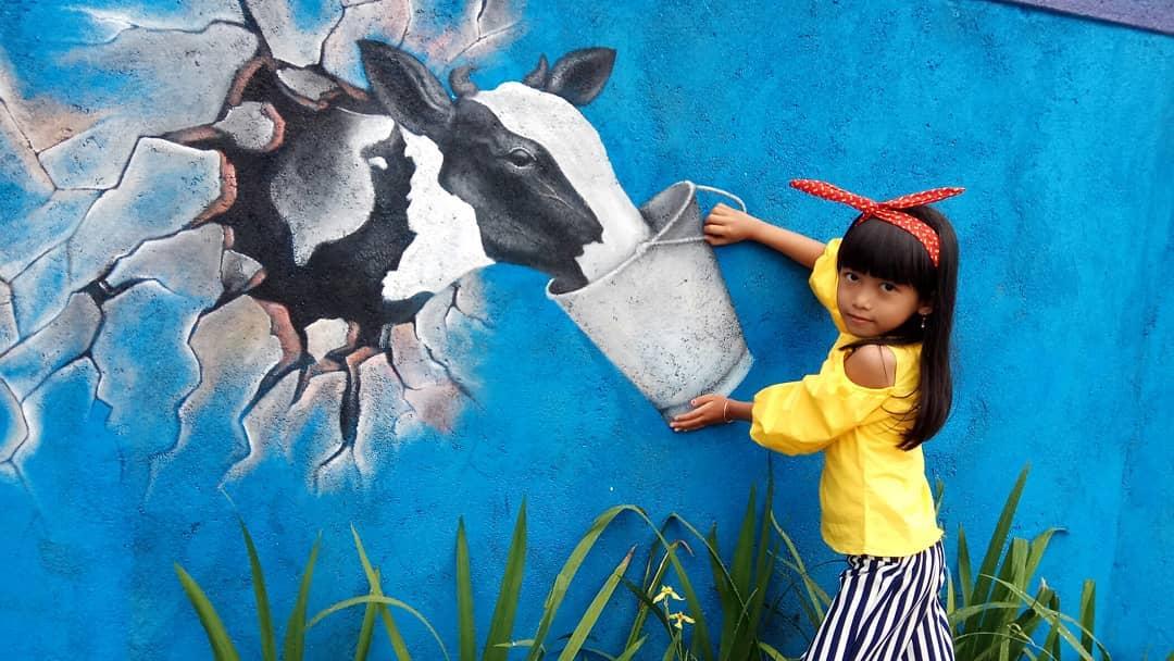 spot foto 3d sapi di cowindo sendang tulungagung