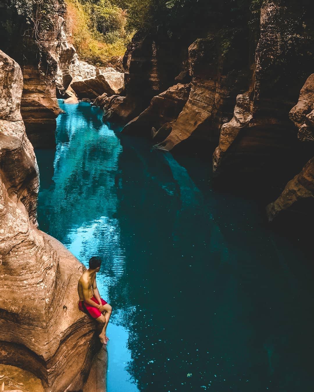 asyiknya menikmati panorama alam tonjong canyon