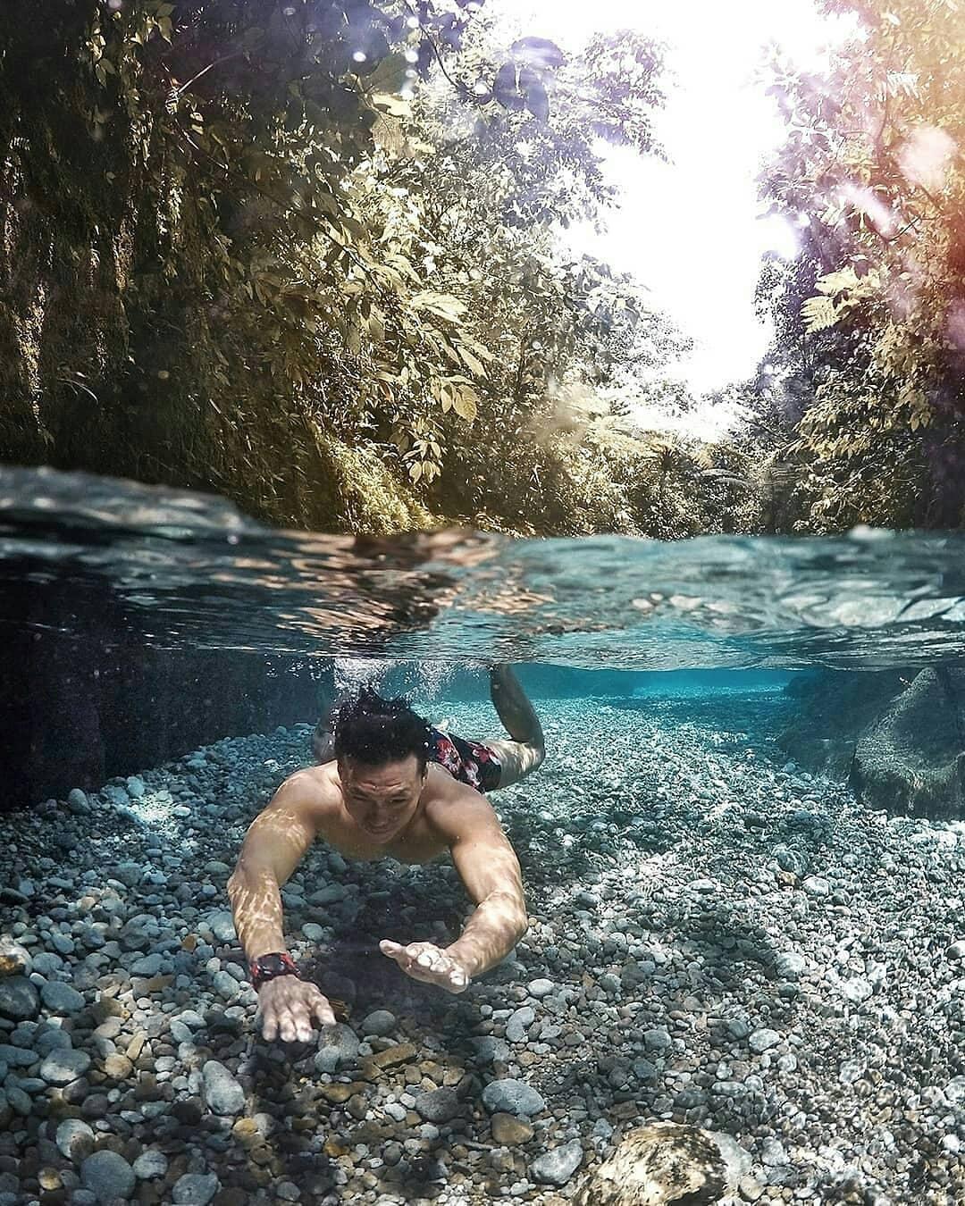 jernihnya air sungai di wisata air terjun teroh teroh