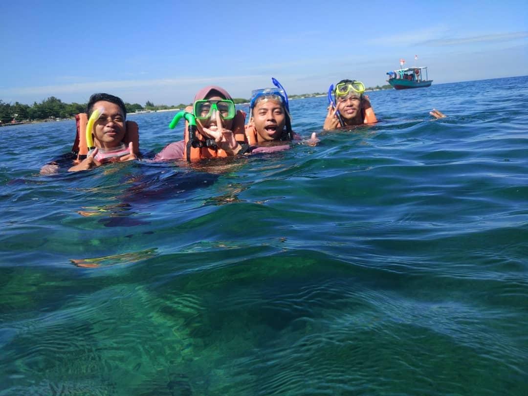 snorkeling di pulau pari kepulauan seribu jakarta