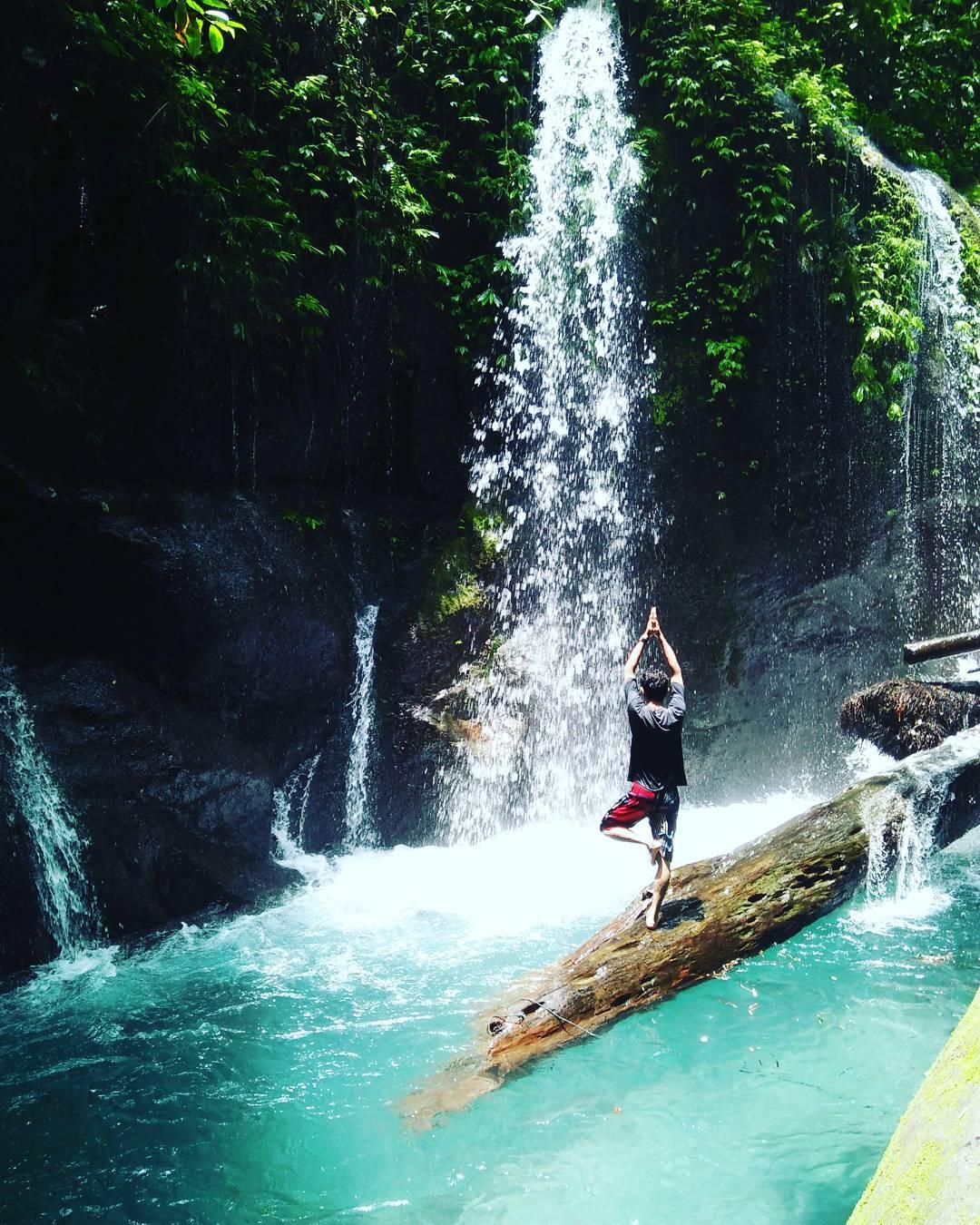 spot foto air terjun teroh teroh yang instagramable