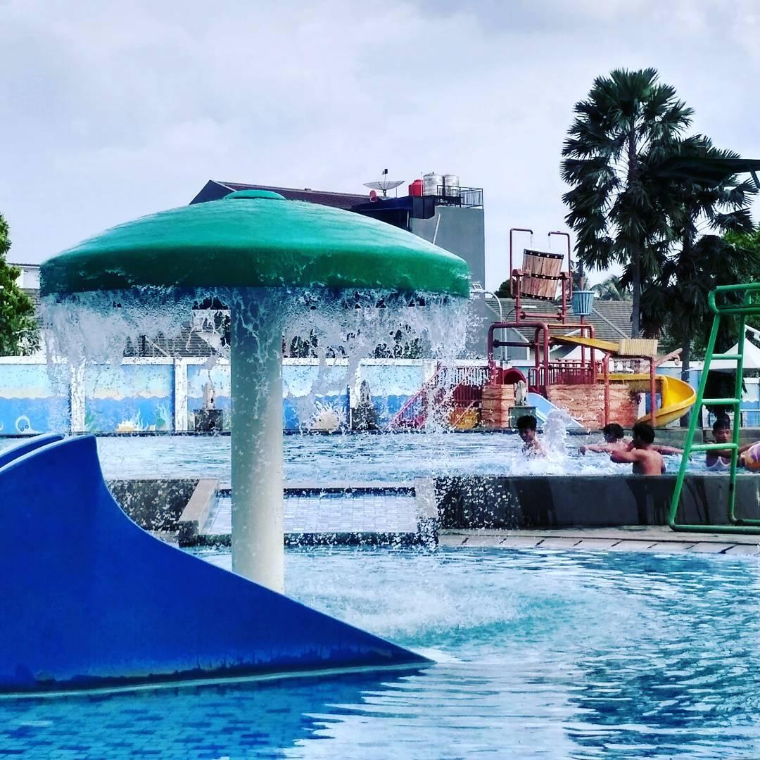 asyiknya liburan di pulo saiji waterpark serpong tangerang