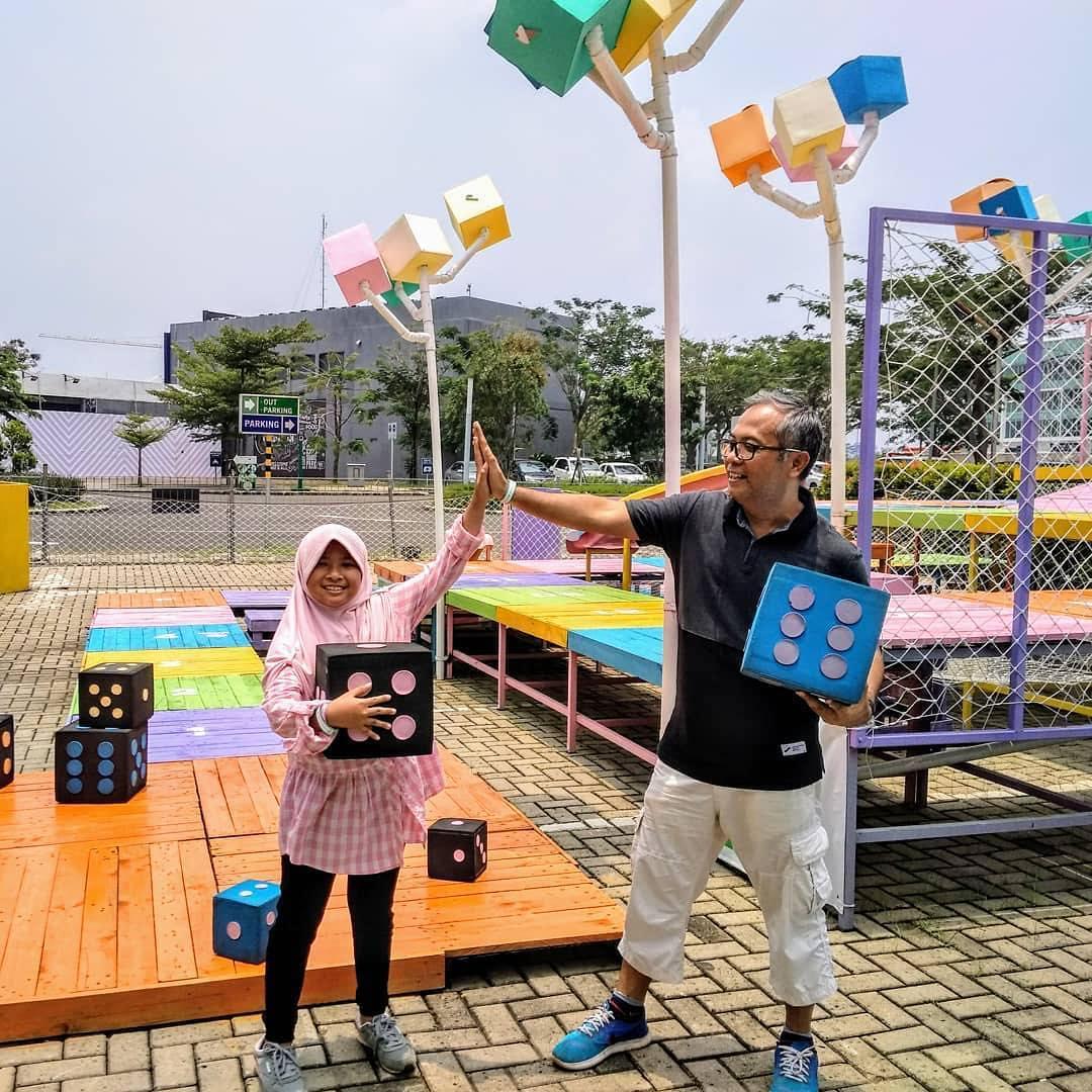 bermain game 3d slade & lader di scientia square park serpong tangerang