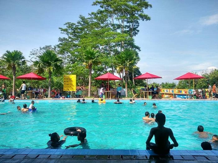 kolam renang jedong cangkring sidoarjo