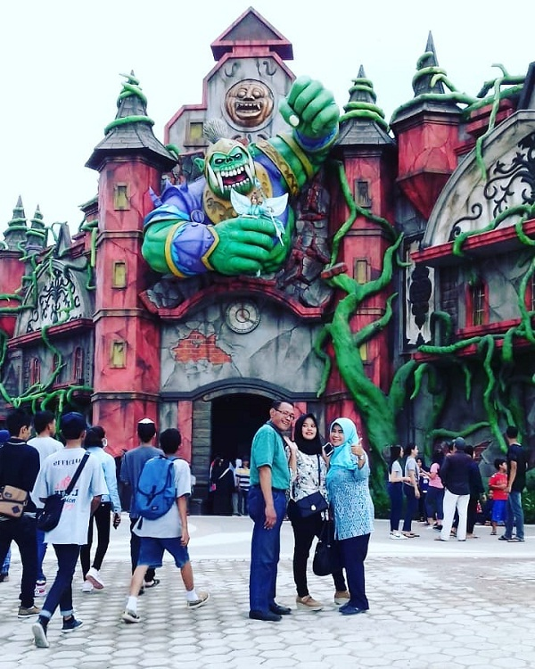 saloka theme park salatiga semarang