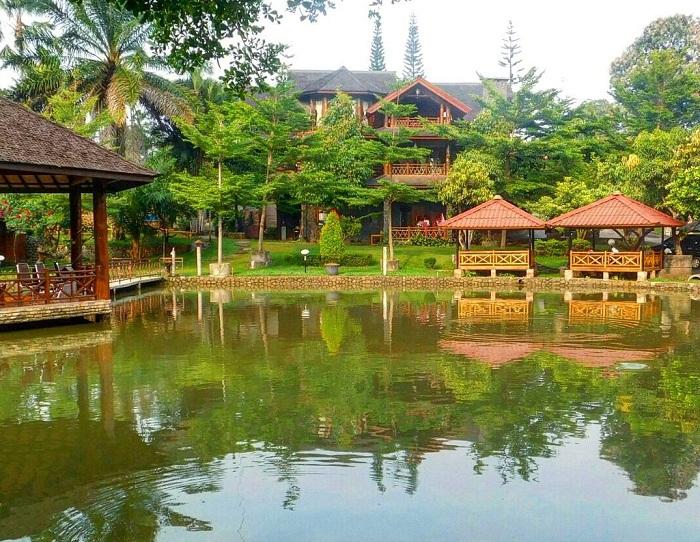 panjang jiwo resort cireas bogor