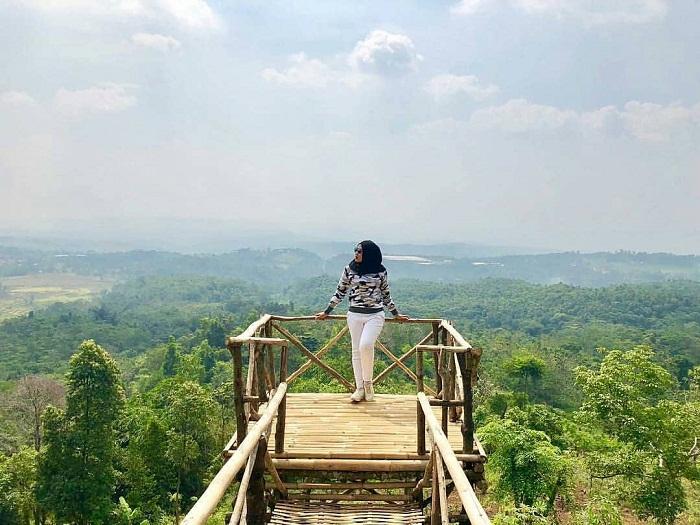 spot foto instagramable di bukit katumbiri