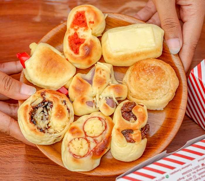 menu nikmat roti unyil venus