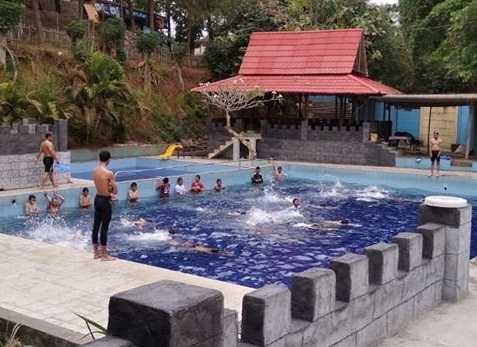 kolam renang kalimeri