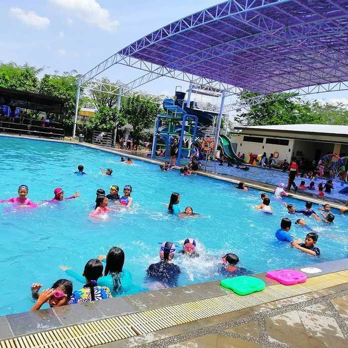 suasana waterboom grage city mall