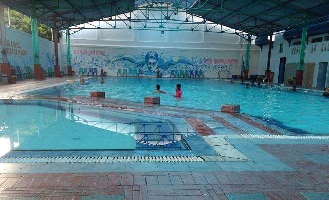 suasana kolam renang salsabila