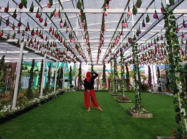 taman bunga flora wisata san terra malang