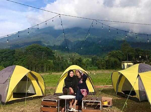 camping kaki bumi coffee & eatery