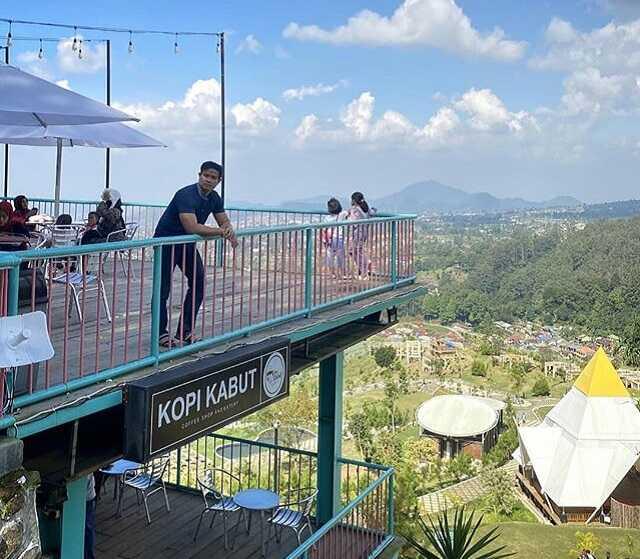 panorama kopi kabut sevillage ciloto cianjur