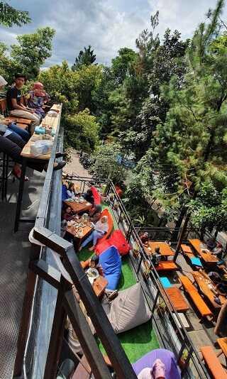 panorama bukit nurmala cafe bogor